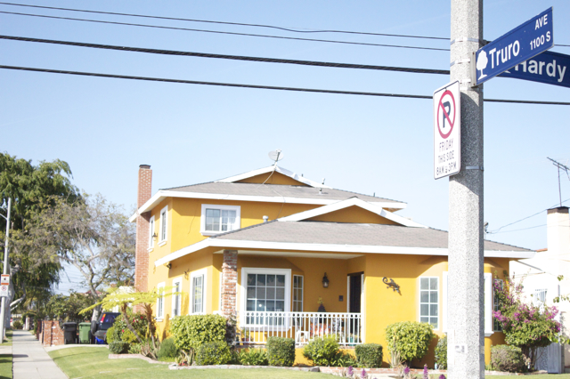 truro_ave_inglewood_california_home_street