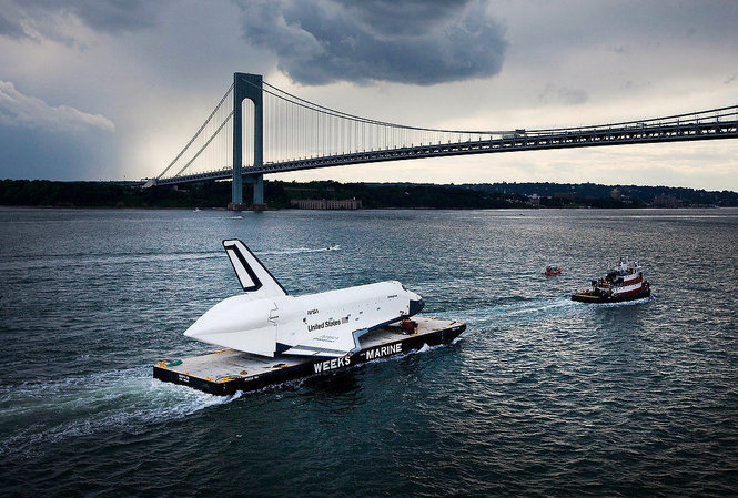rawphoto_space_shuttle_enterprise